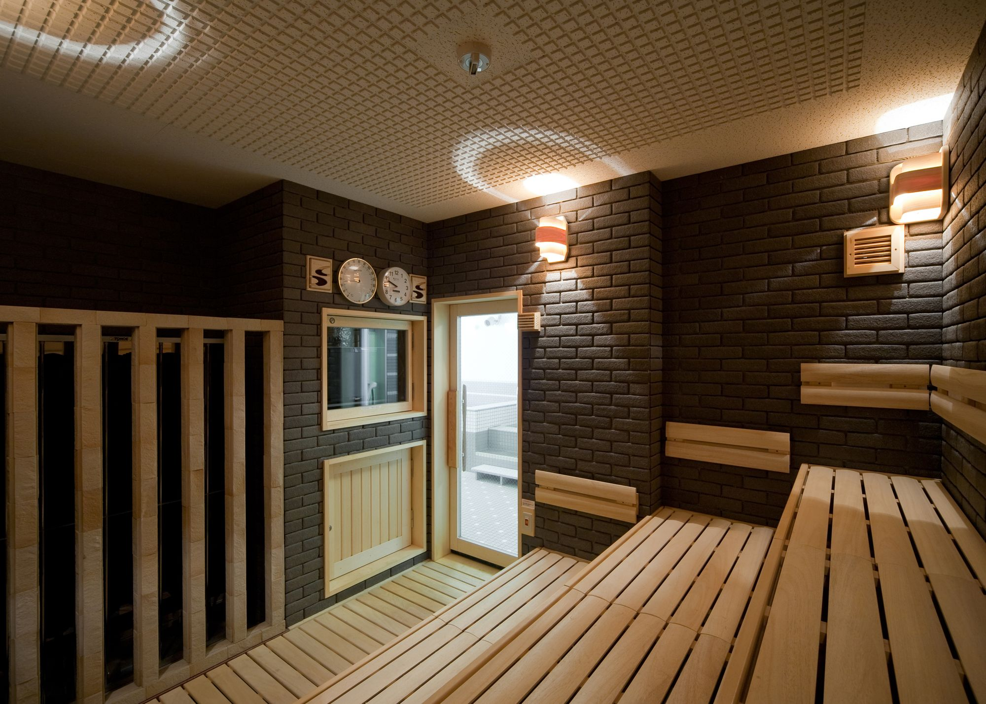 Dark brick sauna